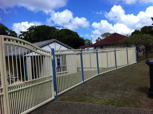 Aluminium Fencing In Brisbane Singh Fabrications