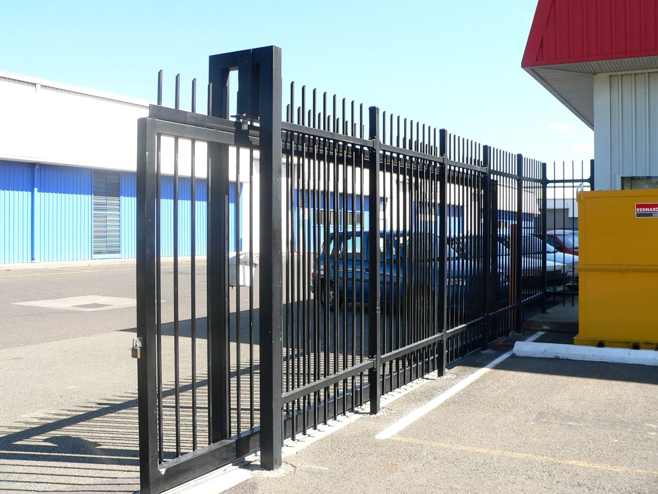 Automatic security gates aluminium fencing